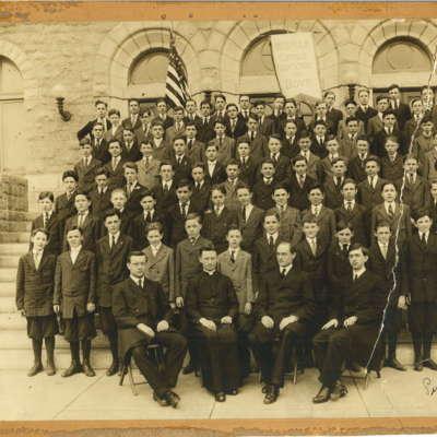 West Catholic Students 1917.jpg